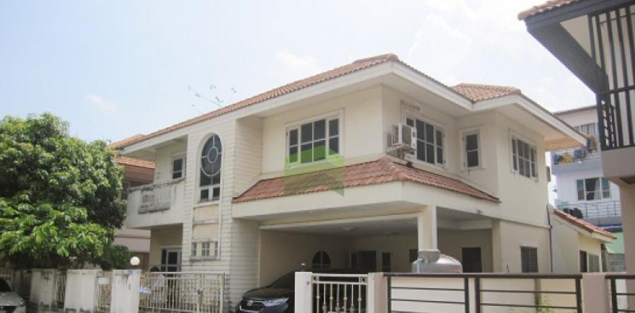 หมู่บ้านทองสถิตย์ 8 หทัยราษฎร์ - วัชรพล ขายด่วน บ้านเดี่ยว 2 ชั้น 57 ตร.ว โซนหน้าหมู่บ้าน ราคาถูก ต่อรองได้