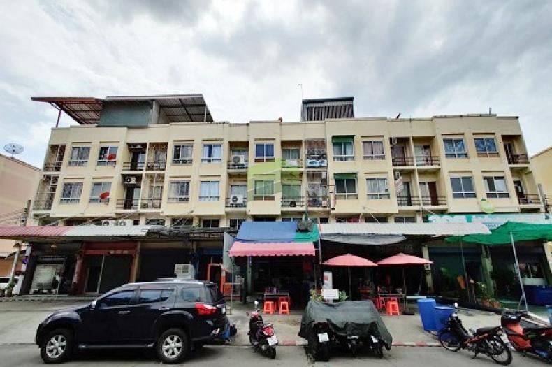 ขายด่วน อาคารพาณิชย์ 3.5 ชั้น ซอย เคหะร่มเกล้า 31 เนื้อที่ 18 ตร.ว ใกล้ ตลาดเกรียงไกร ทำเลดี ราคาต่อรองได้