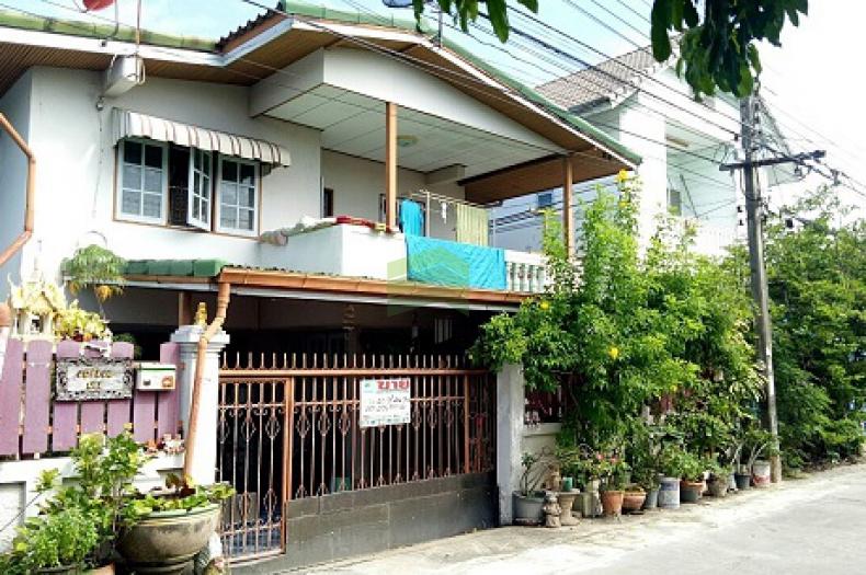 ขายด่วน บ้านเดี่ยว 2 ชั้น ซอย ฉิมพูลสุข 1 หนามแดง บางพลี เนื้อที่ 40 ตร.ว ต่อเติมแล้ว พร้อมอยู่