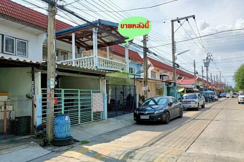 หมู่บ้าน มโนรมย์ 1 ถนนเลียบคลองสอง ซอย 18 ขายด่วน ทาวน์โฮม 2 ชั้น เนื้อที่ 18 ตร.ว ต่อเติมครบ พร้อมอยู่ ทำเลดี ใกล้ซาฟารีเวิลด์