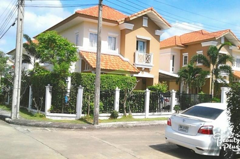 หมู่บ้าน ธารารมณ์ พระราม 2 พรอเมนาดโฮม ขายด่วน บ้านเดี่ยว 2 ชั้น แปลงมุม เนื้อที่ 64 ตรว.พระราม 2 ท่าข้าม