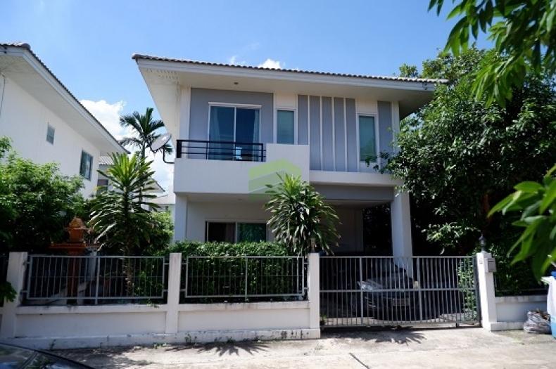 ขายด่วน บ้านเดี่ยว 2 ชั้น หมู่บ้านภัทรีดา วิลล่า  Patreeda Villa เนื้อที่ 37.30 ตรว. บางเดื่อ เมือง ปทุมธานี