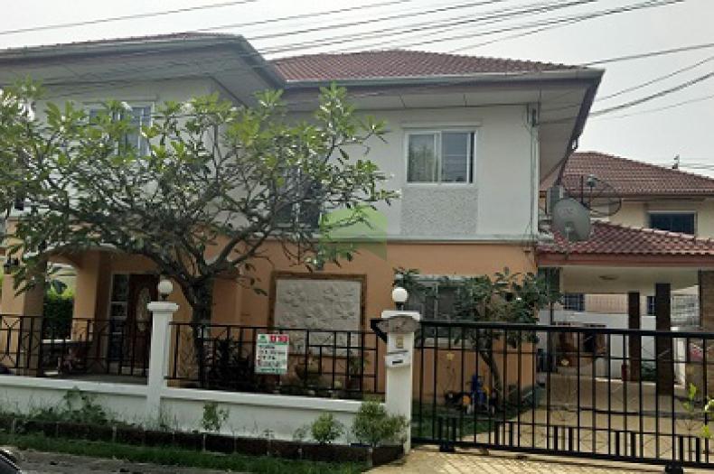 หมู่บ้าน อิมพีเรียลพาร์ค เฟส3 ซอย9 Imperial Park Village  ขายด่วน บ้านเดี่ยว      ซอยเฉลิมพระเกียรติ 67 ใกล้สวนหลวง ร.9 ประเวศ