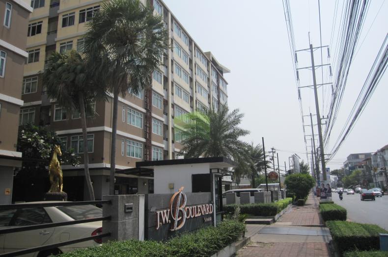 J.W. Boulevard Srivara (เจ ดับบลิว บูเลอวาร์ด ศรีวรา) ขายด่วน คอนโด ชั้น 5 ห้องมุม  53.36 ตร.ม. พร้อมเฟอร์ ถูกที่สุดในย่านทาวน์อินทาวน์