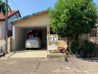 N0600894, หมู่บ้าน พรธิสาร4 รังสิต-นครนายก คลอง6  ขายด่วน บ้านเดี่ยว ชั้นเดียว  เนื้อที่ 32 ตร.ว   คลองหลวง ปทุมธานี ตกแต่งครบ พร้อมอยู่