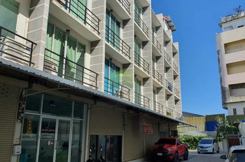 ขายด่วน อาคารพาณิชย์ 3 ชั้นครึ่ง โครงการ Srimuang Village ศรีสมาน เนื้อที่ 46.20 ตรว. ติดถนนหลักบางกรวย -ไทรน้อย บางกร่าง นนทบุรี