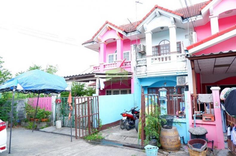 หมู่บ้าน แพรมาพร รังสิต คลอง 4 ขายด่วน ทาวน์เฮ้าส์ 2 ชั้น เนื้อที่ 18 ตร.ว ธัญบุรี ปทุมธานี ต่อเติมแล้ว ราคาไม่แพง